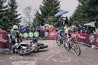 avoiding a crashed moto up the infamous Monte Zoncolan (1735m/11%/10km)<br /> <br /> stage 14 San Vito al Tagliamento – Monte Zoncolan (186 km)<br /> 101th Giro d'Italia 2018