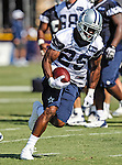Dallas Cowboys running back Lance Dunbar (25) in action at the Dallas Cowboys 2012 Training Camp which was held at the Marriott Resident Inn football fields in Oxnard, CA.