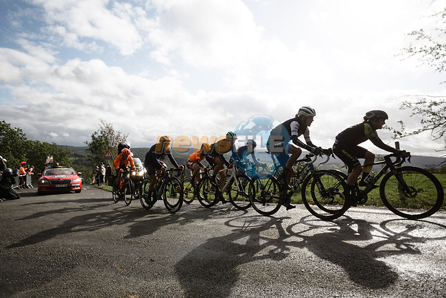 The chase group on the Côte de La Redoute during Liege-Bastogne-Liege Femmes 2020, running 135km from Liege to Liege, Belgium. 4th October 2020.<br /> Picture: ASO/Thomas Maheux | Cyclefile<br /> All photos usage must carry mandatory copyright credit (© Cyclefile | ASO/Thomas Maheux)