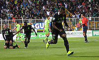 BOGOTA -COLOMBIA. 30-09-2016. Miguel Borja jugador de  Atlético Nacional  celebra su gol contra La Equidad  durante encuentro  por la fecha 15 de la Liga Aguila II 2016 disputado en el estadio Metropolitano de Techo./ Miguel Borja  player of Atletico Nacional  celebrates his goal against La Equidad  during match for the date 15 of the Aguila League II 2016 played at Metropolitano stadium . Photo:VizzorImage / Felipe Caicedo  / Staff