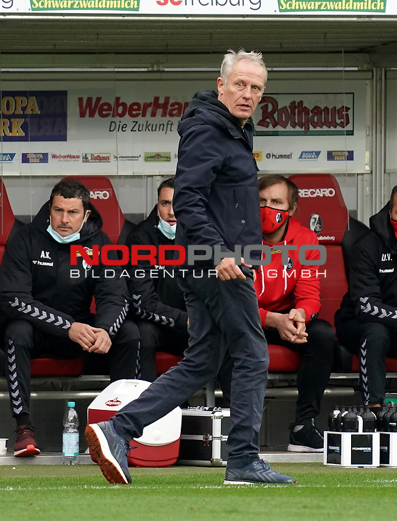 17.10.2020, Schwarzwald Stadion, Freiburg, GER, 1.FBL, SC Freiburg vs SV Werder Bremen<br /> <br /> im Bild / picture shows<br /> Trainer Christian Streich (Freiburg)<br /> <br /> Foto © nordphoto / Bratic<br /> <br /> DFL REGULATIONS PROHIBIT ANY USE OF PHOTOGRAPHS AS IMAGE SEQUENCES AND/OR QUASI-VIDEO.