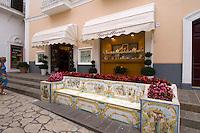 Italien, Capri, Bank in Anacapri