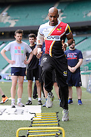 Tom Varndell shows how its done during the Aviva Premiership Rugby London Wasps Sprint Clinic at Twickenham Stadium on Monday 14th April 2014 (Photo by Rob Munro)