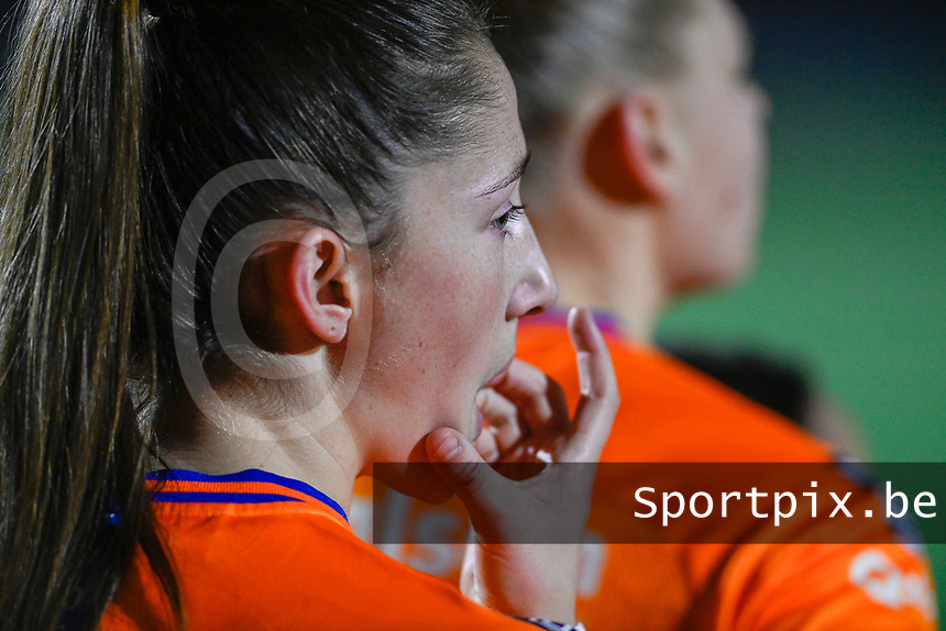 Fran Meersman (5) of AA Gent pictured during a female soccer game between  Racing Genk Ladies and AA Gent Ladies on the eleventh matchday of the 2020 - 2021 season of Belgian Scooore Womens Super League , friday 22 th of January 2021  in Genk , Belgium . PHOTO SPORTPIX.BE | SPP | DAVID CATRY