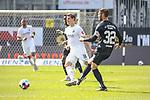 Christian Strohdiek (Wuerzburger Kickers, Nr. 32) am Ball gegen SV Sandhausen beim Spiel in der 2. Bundesliga, SV Sandhausen - Wuerzburger Kickers.<br /> <br /> Foto © PIX-Sportfotos *** Foto ist honorarpflichtig! *** Auf Anfrage in hoeherer Qualitaet/Aufloesung. Belegexemplar erbeten. Veroeffentlichung ausschliesslich fuer journalistisch-publizistische Zwecke. For editorial use only. For editorial use only. DFL regulations prohibit any use of photographs as image sequences and/or quasi-video.