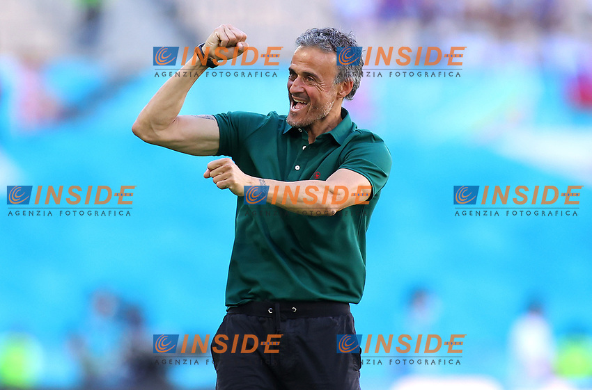 SEVILLE, SPAIN - JUNE 23: Luis Enrique, Head Coach of Spain celebrates their side's second goal scored by Aymeric Laporte of Spain (not pictured) during the UEFA Euro 2020 Championship Group E match between Slovakia and Spain at Estadio La Cartuja on June 23, 2021 in Seville, Spain. (Photo by Fran Santiago - UEFA/UEFA via Getty Images)<br /> Photo Uefa/Insidefoto ITA ONLY