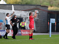 9th September 2020; AJ Bell Stadium, Salford, Lancashire, England; English Premiership Rugby, Sale Sharks versus Saracens;  Tom Woolstencroft of Saracens prepares to throw in