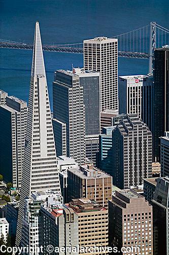 aerial photograph Transamerica Pyramid, Embarcadero West, 275 Battery Street, Spear Street Tower, Embarcadero Center, One California Street and adjacent skyscrapers, San Francisco, California