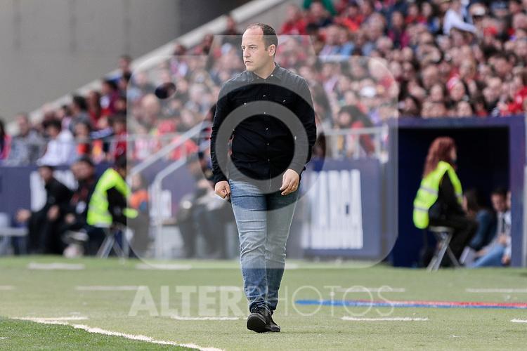 FC Barcelona's coach Lluis Cortes during Liga Iberdrola match between Atletico de Madrid and FC Barcelona at Wanda Metropolitano Stadium in Madrid, Spain. March 17, 2019. (ALTERPHOTOS/A. Perez Meca)