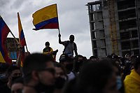 ARMENIA - COLOMBIA, 03-05-2021: Cientos de personas se congregaron el centro de la ciudad de Armenia hoy, 03 mayo de 2021, durante el quinto día de protestas del Paro Nacional convocado por la reforma tributaria y de la salud que adelanta el gobierno de Ivan Duque además de la precaria situación social y económica que vive Colombia. El paro fue convocado por sindicatos, organizaciones sociales, estudiantes y la oposición y sumando el día del trabajo lleva 5 días de marchas y protestas. / The transporters and taxi drivers of the city of Cali made caravans today, May 03, 2021, during the fifth day of the National Strike called by the tax and health reform carried out by the government of Ivan Duque in addition to the precarious social and economic situation that Colombia is experiencing. The strike was called by unions, social organizations, students and the opposition and adding the day of labor has been 5 days of marches and protests. Photo: VizzorImage / Nelson Rios / Cont