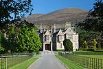 Ireland, County Kerry, near Killarney, Killarney National Park, Muckross House, 19th century Neo-Elizabethan stately home   Irland, County Kerry, bei Killarney, Killarney National Park, Muckross House