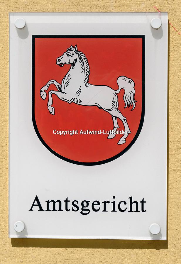 Schild Amtsgericht : EUROPA, DEUTSCHLAND, NIEDERSACHSEN, WINSEN/ LUHE (EUROPE, GERMANY), 03.06.2013:Schild Amtsgericht
