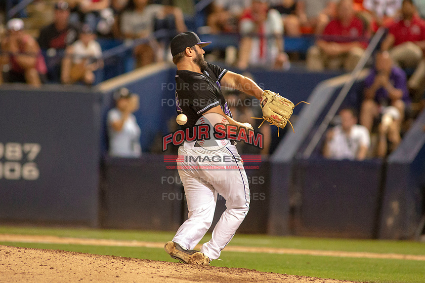 University of Washington Huskies Joe DeMers (24) in action against the Cal State Fullerton Titans at Goodwin Field on June 10, 2018 in Fullerton, California. The Huskies defeated the Titans 6-5. (Donn Parris/Four Seam Images)