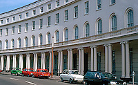London: Park Crescent. John Nash, 1812-1822.  Photo '79.