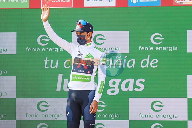 Egan Bernal (COL) Ineos Grenadiers retains the young riders White Jersey at the end of Stage 19 of La Vuelta d'Espana 2021, running 191.2km from Tapia de Casariego to Monforte de Lemos, Spain. 3rd September 2021.    <br /> Picture: Luis Angel Gomez/Photogomezsport | Cyclefile<br /> <br /> All photos usage must carry mandatory copyright credit (© Cyclefile | Luis Angel Gomez/Photogomezsport)