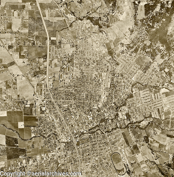 historical aerial photograph Santa Rosa, Sonoma County, California, 1952.<br /> <br /> To obtain historical aerial photography of Sonoma County for a specific project, please submit our research request form available at: <br /> <br /> http://www.aerialarchives.com/download/GeoResearchForm.pdf.