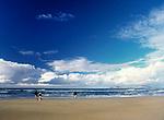 Spanien, Kanarische Inseln, Lanzarote, Famara: Playa de Famara   Spain, Canary Island, Lanzarote, Famara: Playa de Famara