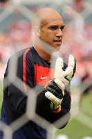 United States goalkeeper Tim Howard (1) during warmups prior to an international friendly between the men's national teams of the United States (USA) and Turkey (TUR) at Lincoln Financial Field in Philadelphia, PA, on May 29, 2010.