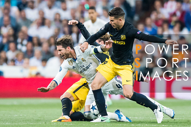 Sergio Ramos (l) of Real Madrid battles for the ball with Lucas Hernandez of Atletico de Madrid during their 2016-17 UEFA Champions League Semifinals 1st leg match between Real Madrid and Atletico de Madrid at the Estadio Santiago Bernabeu on 02 May 2017 in Madrid, Spain. Photo by Diego Gonzalez Souto / Power Sport Images