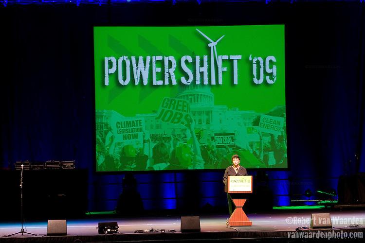 Lisa Jackson, head of the EPA speaks at Power Shift '09 (©Robert vanWaarden ALL RIGHTS RESERVED)