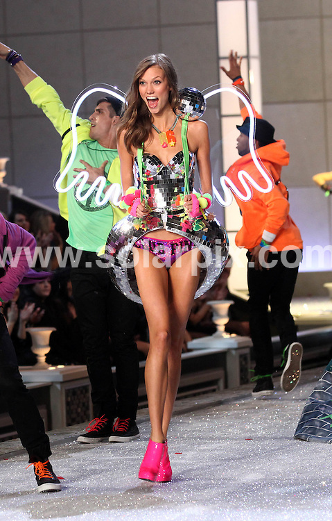 **ALL ROUND PICTURES FROM SOLARPIX.COM**                                             **SYNDICATION RIGHTS FOR UK, AUSTRALIA, DENMARK, PORTUGAL, S. AFRICA, SPAIN & DUBAI (U.A.E) & ASIA (EXCLUDING JAPAN) ONLY**                                                                                  Caption: 2011 Victoria's Secret Fashion Show  Runway and Performance at Lexington Avenue Armory in New York City, NY, USA                                                                               This pic:Karlie Kloss                                                                                              JOB REF:14174        PHZ/Mayer       DATE:09.11.2011                                                            **MUST CREDIT SOLARPIX.COM OR DOUBLE FEE WILL BE CHARGED**                                                                      **MUST AGREE FEE BEFORE ONLINE USAGE**                               **CALL US ON: +34 952 811 768 or LOW RATE FROM UK 0844 617 7637**