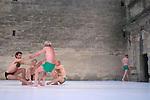 POSTURAL : ETUDES<br /> <br /> Chorégraphie, conception : Fabrice Ramalingom<br /> Assistant : Lorenzo Dallaï<br /> Interprètes : Jean-Pierre Alvarez, Patrice Barthès, Christophe Brombin, Lorenzo Dallaï, Ludwig Dufour, Julien Guyon, Jo Heyvaert, Leonardo Montecchia, Karl Paquemar, Pedro Prazeres, Jean Rochereau, Claude Tortorici, Zitto<br /> cadre : festival Uzes danse 2014<br /> Ville : Uzes<br /> Date : 13/06/2014