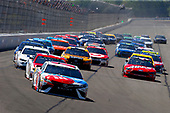Monster Energy NASCAR Cup Series<br /> AXALTA presents the Pocono 400<br /> Pocono Raceway, Long Pond, PA USA<br /> Sunday 11 June 2017<br /> Kyle Busch, Joe Gibbs Racing, M&M's Red, White & Blue Toyota Camry and Ryan Blaney, Wood Brothers Racing, Motorcraft/Quick Lane Tire & Auto Center Ford Fusion<br /> World Copyright: Russell LaBounty<br /> LAT Images<br /> ref: Digital Image 17POC1rl_04499
