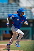 Tennessee Smokies shortstop Luis Vasquez (40) runs to first base during a Southern League game against the Jacksonville Jumbo Shrimp on April 29, 2019 at Baseball Grounds of Jacksonville in Jacksonville, Florida.  Tennessee defeated Jacksonville 4-1.  (Mike Janes/Four Seam Images)