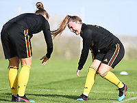 20190226 - LARNACA , CYPRUS :  Belgian Davinia Vanmechelen pictured having fun during a Matchday -1 training from The Belgian Red Flames prior to their game against the women team of Slovakia , on Tuesday 26 February 2019 at the Alpha Sports Grounds in Larnaca , Cyprus . This will be the first game in group C for Belgium during the Cyprus Womens Cup 2019 , a prestigious women soccer tournament as a preparation on the European Championship 2021 qualification duels. PHOTO SPORTPIX.BE   DAVID CATRY