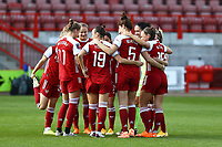 Arsenal team huddle during Brighton & Hove Albion Women vs Arsenal Women, Barclays FA Women's Super League Football at Broadfield Stadium on 11th October 2020
