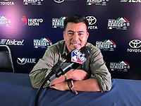 Luis Gutierrez en la MLB. Microfono