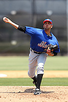 GCL Mets pitcher Gabriel Ynoa #29 during a game against the GCL Nationals at the Washington Nationals Minor League Complex on June 20, 2011 in Melbourne, Florida.  The Nationals defeated the Mets 5-3.  (Mike Janes/Four Seam Images)