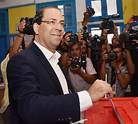 TUNIS, TUNISIA - SEPTEMBER 15: Presidential candidate Youssef Chahed casts his vote at a polling station in the first round of presidential elections in Tunis, Tunisia on September 15, 2019.<br /> <br /> PHOTO : Agence Quebec Presse -  JDIDI_WASSIM