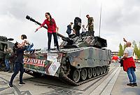 Nederland   Almere 2017.   De Veiligheidsdag. Demonstraties van defensie, brandweer, zorg en politie.   Foto Berlinda van Dam / Hollandse Hoogte