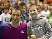 19-12-10, Tennis, Rotterdam, Reaal Tennis Masters 2010,     Thomas Schoorel met de vanger van de gouden bal