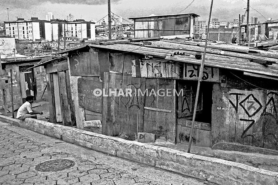 Barracos da favela Heliópolis. São Paulo. 1992. Foto de Juca Martins.