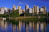 Parque da Vaca Brava em Goiânia. Goiás. 2002. Foto de Ricardo Azoury.