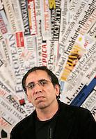 Il regista iraniano Mohsen Makhmalbaf tiene una conferenza stampa sulle recenti elezioni iraniane alla sede dell'Associazione della Stampa Estera in Italia, a Roma, 23 giugno 2009..Iranian movie director Mohsen Makhmalbaf gives a press conference on the recent elections in his home country, at the Foreign Press Association in Rome, 23 june 2009..UPDATE IMAGES PRESS/Riccardo De Luca