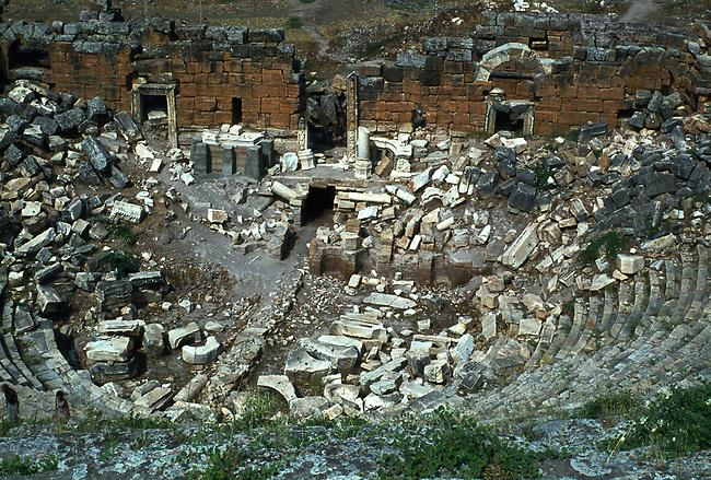 Hieropolis, Amphitheater
