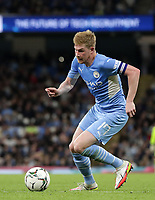 21st September 2021; Etihad Stadium,Manchester, England; EFL Cup Football Manchester City versus Wycombe Wanderers; Kevin De Bruyne of Manchester City races forward with the ball