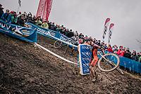 Laurens Sweeck (BEL/Pauwels Sauzen Vastgoedservice) slinging his bike around the corner<br /> <br /> men's race<br /> Soudal Jaarmarktcross Niel 2018 (BEL)