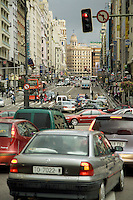 Spain. Province of Madrid. Madrid. Red light. Traffic on Gran Via road. Downtown. Town centre. © 2007  Didier Ruef