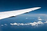 Ueber den Wolken, Blick aus einem Flugzeugfenster   view through an airplane window