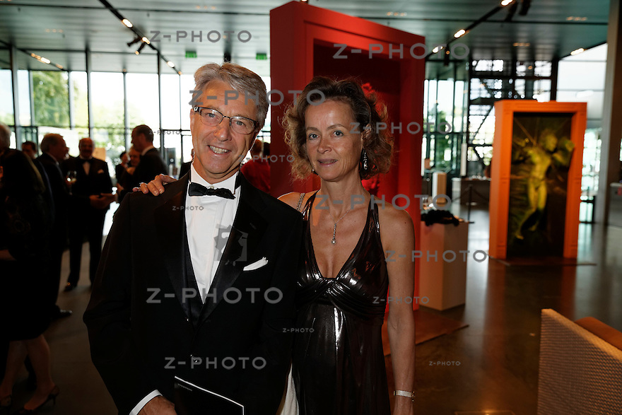 v.l.n.r. Herbert J. Scheidt (Vontobel Holding) mit Frau Nicola von Lutterotti-Scheidt am Eroeffnungskonzert des Lucerne Festival im KKL Luzern am 14. August 2014<br /> <br /> Copyright ? Zvonimir Pisonic