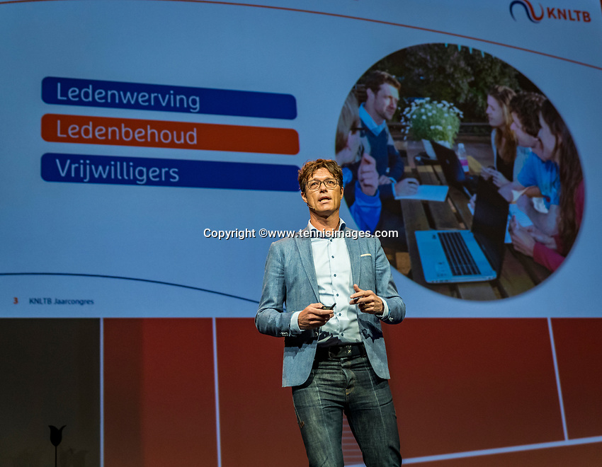 Nieuwegein, Netherlands, November 23,  2019, MBC Congrescentrum, KNLTB Year Congres , Roger Davids chairman KNLTB <br /> Photo: Tennisimages/Henk Koster