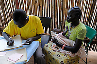 SOUTHERN SUDAN Rumbek , Diakonie health center , children vaccination and immunization / SUEDSUDAN Rumbek , Diakonie Gesundheitsstation , Kinderschutzimpfung und Immunisierung