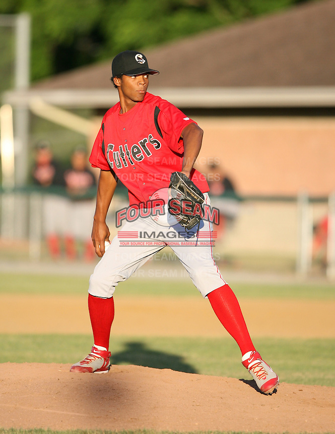 2007:  Carlos Pena of the Williamsport Crosscutters, Class-A affiliate of the Philadelphia Phillies, during the New York-Penn League baseball season.  Photo By Mike Janes/Four Seam Images