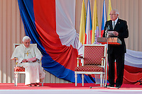 The Czech President Vaclav Klaus gives a speech during the welcome ceremony upon the Pope Benedict XVI's arrival at the Prague Airport, Czech Republic, 26 September 2009.