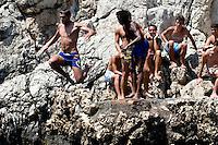 Italien, Capri, Badebucht bei Punta Carena