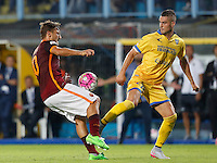 Calcio, Serie A: Frosinone vs Roma. Frosinone, stadio Comunale, 12 settembre 2015.<br /> Roma's Francesco Totti, left, is challenged by Frosinone's Aleandro Rosi during the Italian Serie A football match between Frosinone and Roma at Frosinone Comunale stadium, 12 September 2015.<br /> UPDATE IMAGES PRESS/Riccardo De Luca